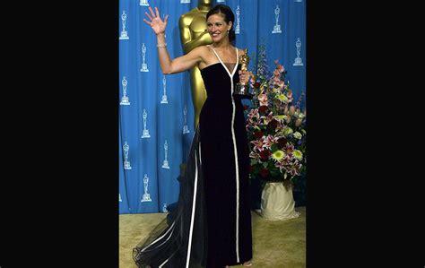 anugerah film terbaik oscar 2010 10 busana oscar terbaik sepanjang zaman foto astro awani