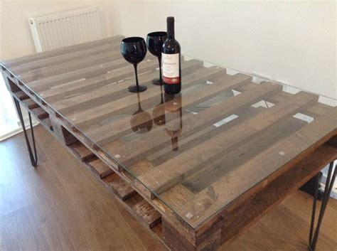 pallet kitchen table 17 best ideas about pallet tables on pallet
