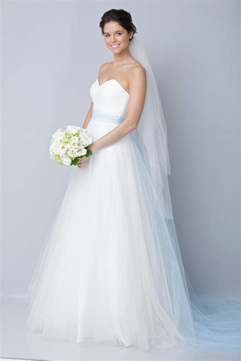 White Wedding Dresses by Coolingerie Are You Get Bored With The White Wedding Dress