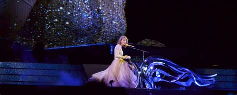 taylor swift enchanted piano taylor swift the 1989 world tour philadelphia do it with