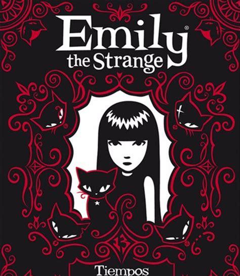 libro lenadoras el hechizo de los libros tiempos oscuros lo 250 ltimo de emily the strange