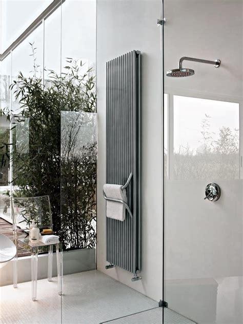 termosifoni da bagno termosifone da bagno con maniglione portasalviette
