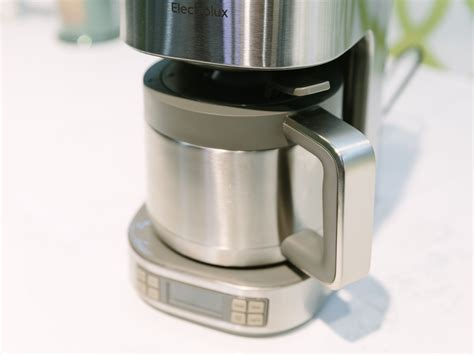 Daftar Coffee Maker Electrolux electrolux expressionist thermal coffee maker release date price and specs cnet