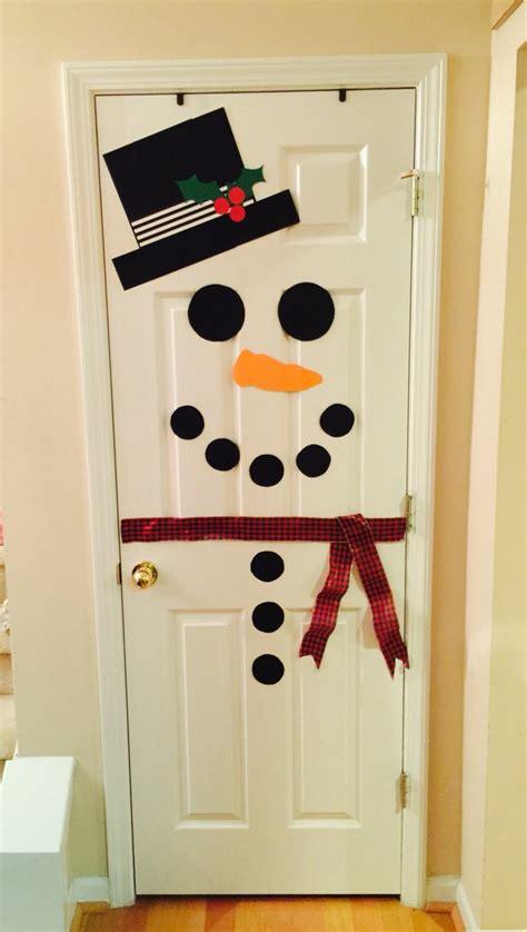 decorar puertas de navidad decorar puertas y embellecer la casa en navidad