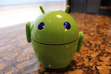android robot rocks   desktop pal bot speaker contest