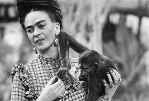 imagenes de reflexion de frida kahlo 25 frases feministas de frida kahlo para no olvidar