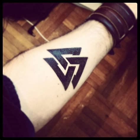 valhalla tattoo instagram the valknut vikings painted this on their shields to call