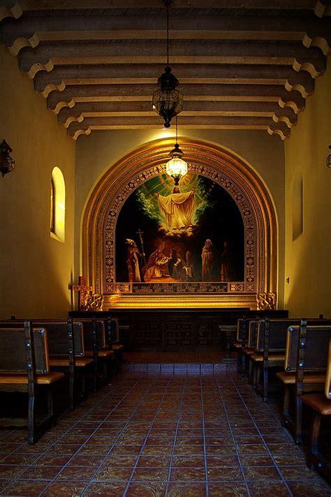tlaquepaque chapel interior sedona    chapel