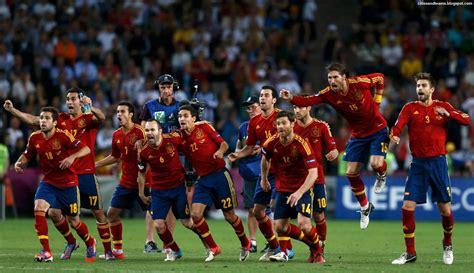 spanish football team euro 2012 spain national football team final celebration euro 2012