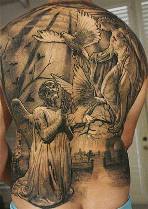 tattoo jesus cristo nas costas 40 fotos de tatuagens religiosas desenhos e significados