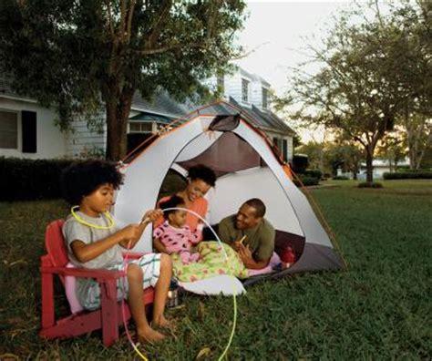 backyard family fun budget friendly weekend fun backyard cing