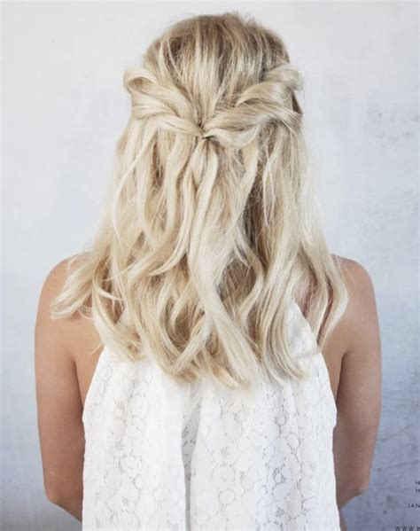 Easy Wedding Hairstyles by 5 Easy Wedding Hairstyles For Brides Purewow Wedding
