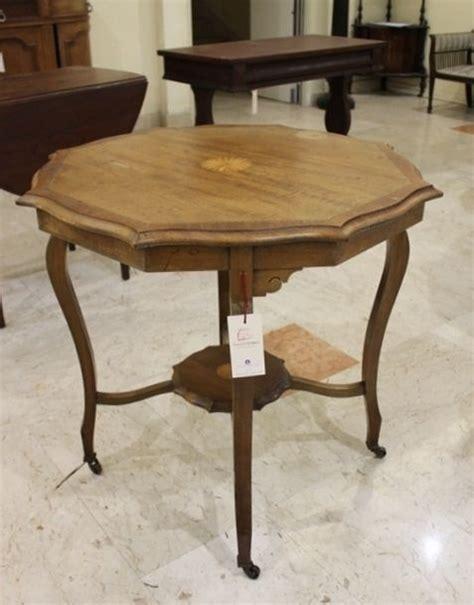 mobili inglesi antichi tavolo da salotto con intarsi mobili antichi inglesi