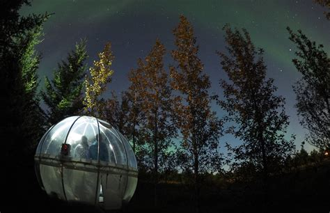 hotel under northern lights icelandic bubble hotel lets you sleep under the northern