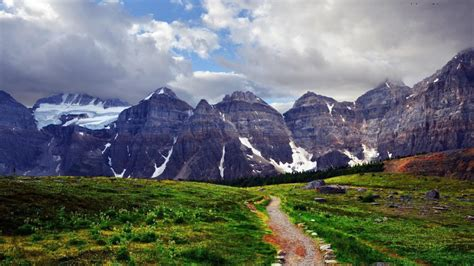 17 of the world s most and beautiful places most beautiful mountains in the world tripbeam best