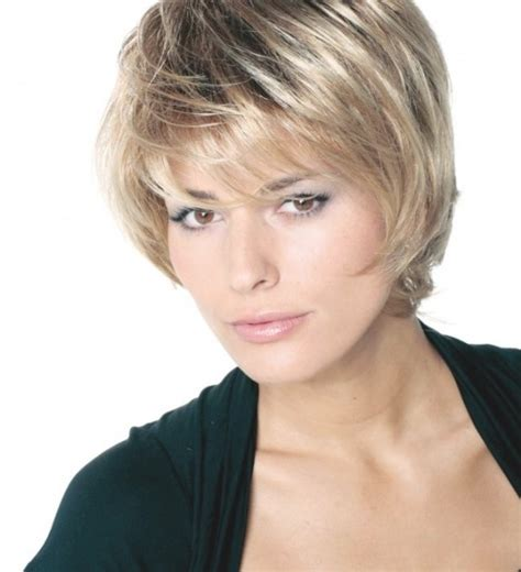 Coupe Cheveux Court Femme Visage Rond by Coupe Cheveux Court Femme 60 Ans Visage Rond Cheveux 2017