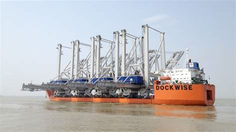 rubber sts of america four konecranes stss en route to the port of