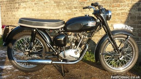 Triumph Tiger Cub   Classic Motorcycle Review, Guide and