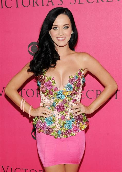 biography katy perry in english 10 best portuguese singers images on pinterest singer