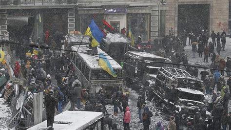 imagenes que lloran en ucrania valc 225 rcel viaja a ucrania para analizar el conflicto como