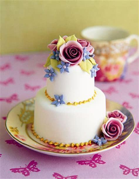 miniature cakes and wedding cake 60 miniature cakes plus a 78 best mini wedding cakes images on pinterest