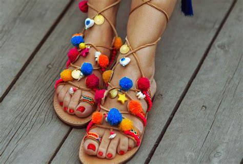 ideas para decorar sandalias 191 c 243 mo decorar sandalias y sacarles partido demodaybelleza