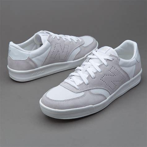 Sepatu Merk New Balance Original sepatu sneakers new balance crt300 white