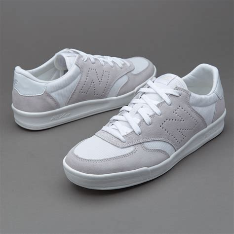 List Harga New Balance sepatu sneakers new balance crt300 white