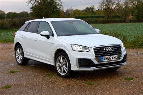 Audi Suv by Audi Q2 Suv 2016 Photos Parkers