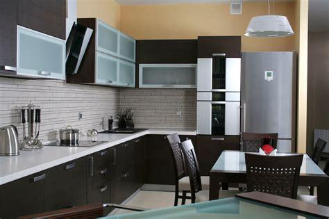 küche mit licht schränken wohnwand g 252 nstig