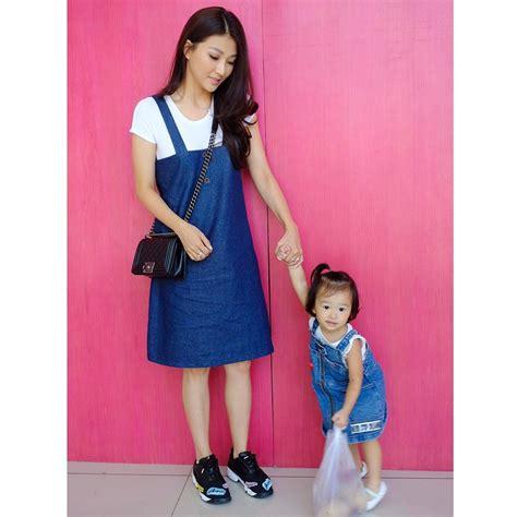 Dcc Dress Kathy Baju Kembar intip kekompakan 10 artis dan anaknya saat pakai baju kembaran