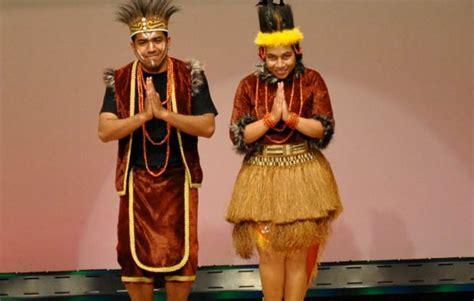 Baju Adat Dari Papua pakaian adat papua barat nama gambar dan penjelasannya adat tradisional