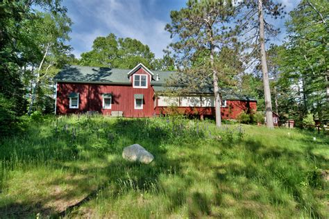 Wisconsin Lake Cabin Rentals by Vacation Home Cabin Rental In Peaceful Lakefront