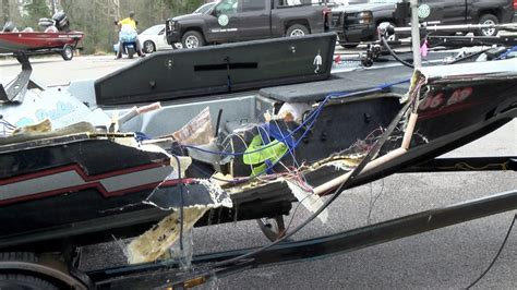 boat crash bass lake fatal boat crash on lake conroe