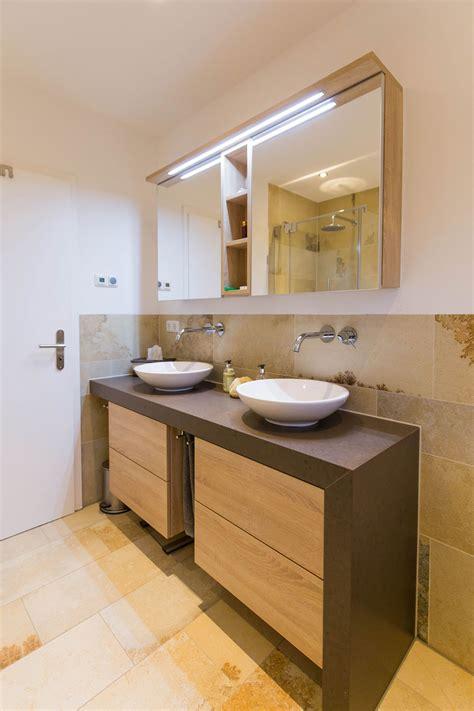 badezimmer fliesen 70er jahre der der 70er jahre ist aus diesem bad gewichen
