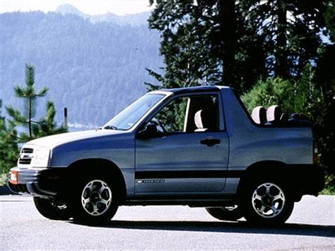 2000 chevrolet tracker pricing ratings reviews kelley blue book