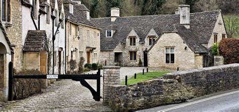 Good Directory Of Churches #5: Castle_combe_10-720x340.jpg