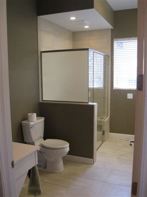 Handicap Accessible Bathrooms Traditional Bathroom Disabled Bathroom Designs