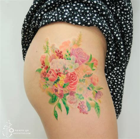 flower tattoos mimic watercolor paintings on skin bored
