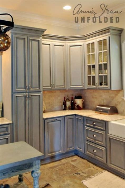 Painted Kitchen Cabinet by How To Paint Kitchen Cabinets With Chalk Paint