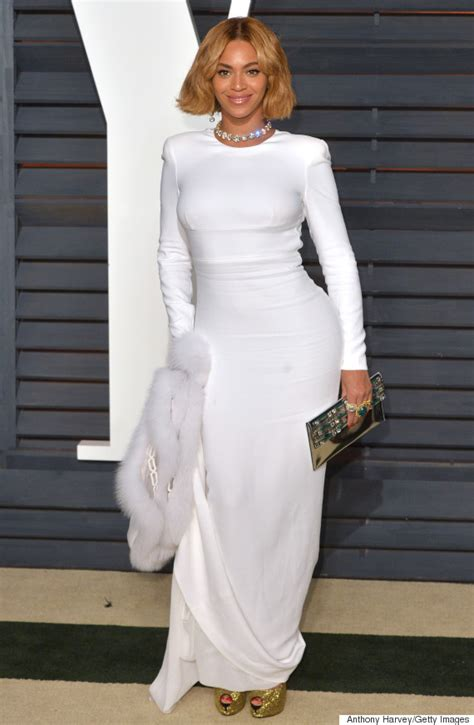 Beyonce Vanity Fair by Beyonc 233 Rocks A Bob And White Gown For Vanity Fair Oscar Huffpost
