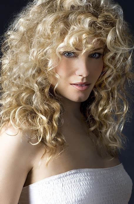 haircuts for naturally curly hair hairstyles for naturally curly hair