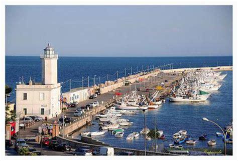 capitaneria di porto manfredonia confcommercio incontra l autorit 224 portuale di manfredonia