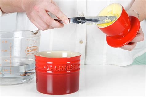How it works: Le Creuset Butter Bell