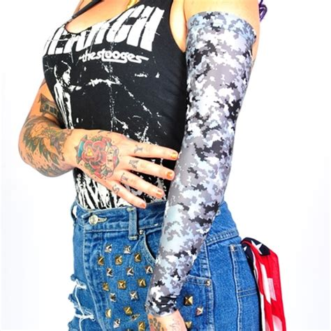 is tattoo camo good 30 awesome camo themed tattoo designs the tattoo editor
