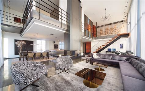 Two Story Penthouse Apartment In This Luxury Penthouse In Montreal Rents For 16 500