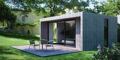 Attrayant Construction Maison Style Ancien #1: abri-de-jardin-maison-jardin-amenagement-idee-600x305.jpg