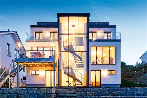 Treppenhaus Einfamilienhaus Offen by Ein Glasturm Als Treppenhaus Bautipps De