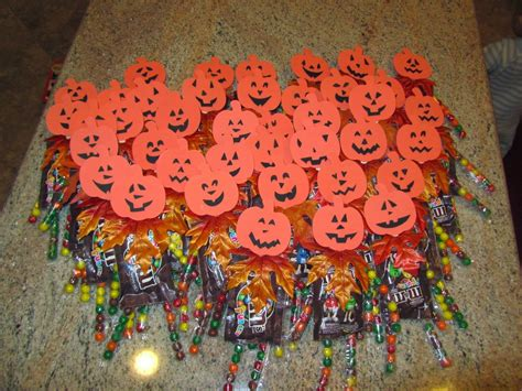 Candy Giveaways - frugalicious chick great frugalicious halloween candy giveaway ideas