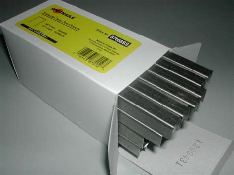 stainless steel staples for marine upholstery 71 c series upholstery staples 1 2 length 3 8 crown